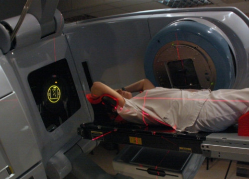 An innovative radiotherapy machine set in the ICO (by B. Cazorla)