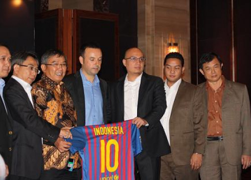 A moment of last Tuesday's presentation in Jakarta (by FC Barcelona)