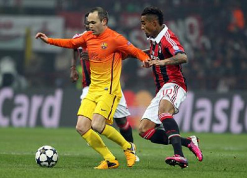 Iniesta had one of Barça's clearest scoring opportunities against AC Milan (by FC Barcelona)