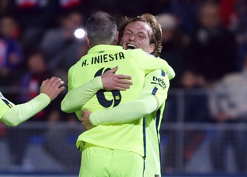 Both Iniesta and Rakitic scored against Huesca (by FC Barcelona)