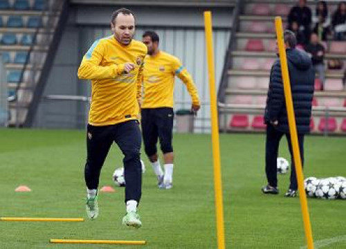 Andrés Iniesta at this Tuesday's training session (by FC Barcelona)