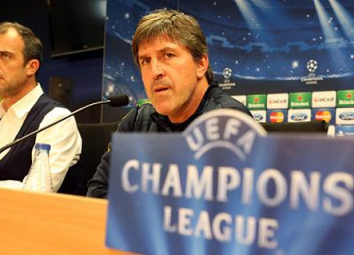 Jordi Roura at the press conference before the Barça vs PSG Champions League game (by FC Barcelona)
