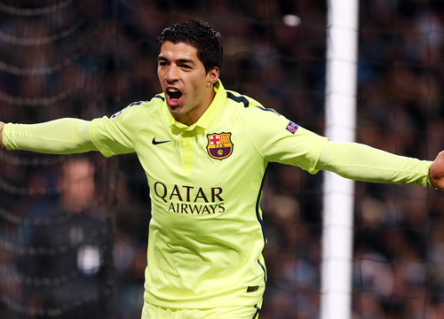 Luís Suárez scored Barça's two goals against Manchester City (by FC Barcelona)