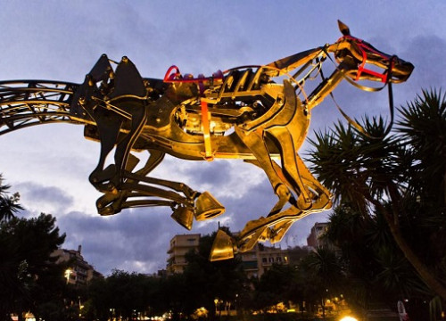 The Magic Horse that will be displayed in China (by Institut Ramon Llull)