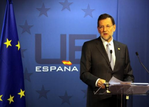 Spain's Prime Minister, Mariano Rajoy, announcing the new deficit target in Brussels (by A. Málaga Homs)