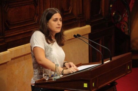 Marta Pascal, President of the Catalan Liberal Youth, speaking at the Catalan Parliament a few months ago (by R. Garrido)