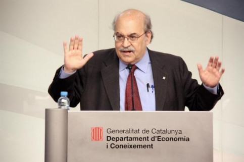 The Catalan Finance Minister, Andreu Mas-Colell, presenting the external audit's results (by A. Moldes)