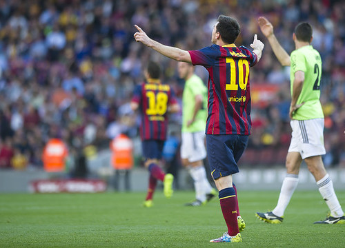 Messi scored 3 goals against Osasuna (by FC Barcelona)