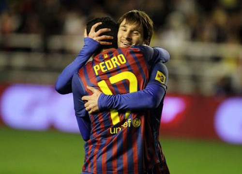 Both Messi and Pedro scored two goals against Rayo Vallecano (by FC Barcelona)