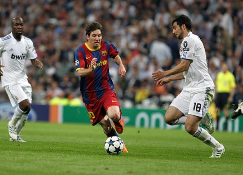 Leo Messi scored the first leg's two goals against Real Madrid (by FC Barcelona)