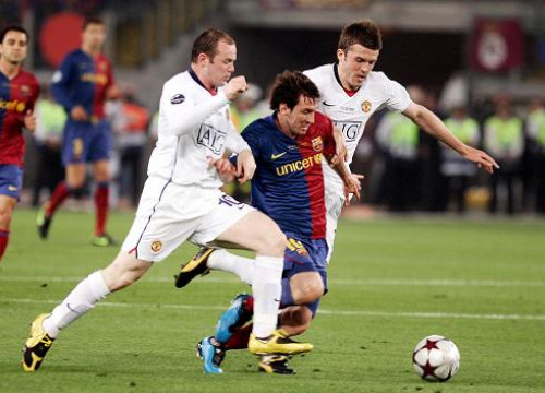 Leo Messi scored one of the two goals against Manchester United in the Champions League final of 2009 in Rome (by FC Barcelona)
