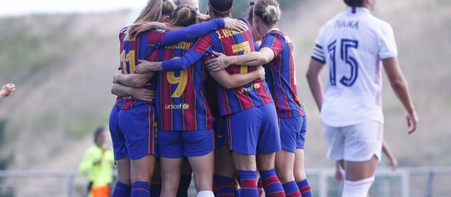 FC Barça Femení players celebrate during the first women's 'clásico' against Real Madrid (image courtesy of FCBarcelona.com)