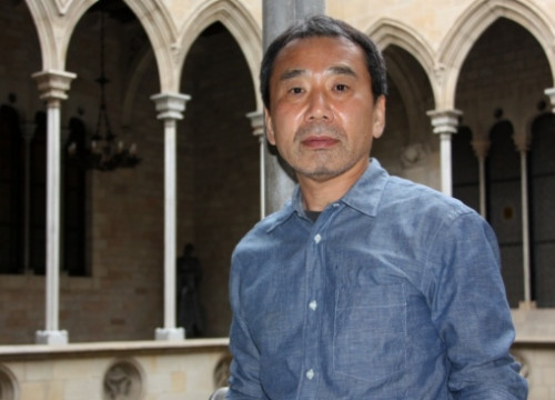 Japanese writer Haruki Murakami at the Catalan Government's palace (by M. Fernández)
