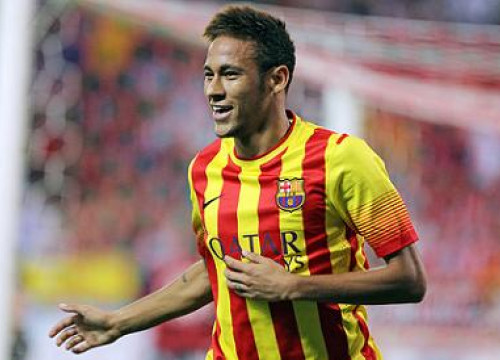 Neymar celebrating a goal while wearing Barça's second shirt (by FC Barcelona)