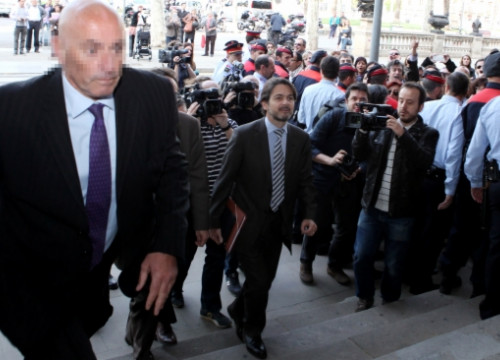 Oriol Pujol entering into the TSJC building to testify back in April 2013 (by ACN)