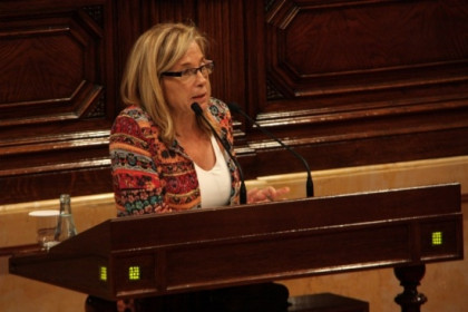 Joana Ortega at the Catalan Parliament on Wednesday (by A. Moldes)