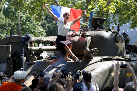 The 75th anniversary of a re-enactment of the liberation of Paris (by Reuters)