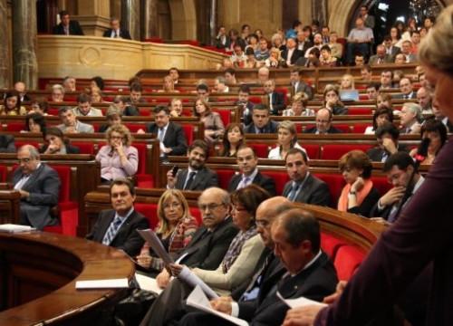 The Catalan Parliament approved this Wednesday the Inheritance Tax's modification (by R. Garrido)
