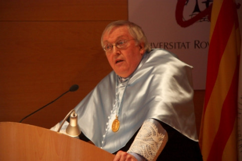 Paul Preston's acceptance speech after his honourary doctorate from the Rovira i Virgili University (by ACN)