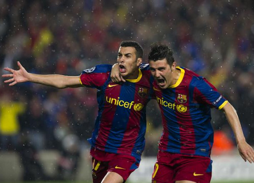 Pedro celebrates with Villa his goal against Real Madrid (by FC Barcelona)