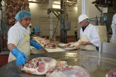 'Pernils Llémena' is the first Catalan meat company (and the 12th in Spain) being authorised to export to the US (by X. Pi)