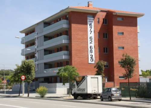 Flats on sale in Greater Barcelona (by ACN)