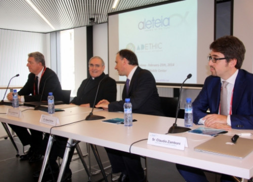 The presentation of the study at the Mobile World Congress (by L. Roma)