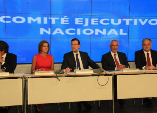 Rajoy (centre) at the PP's Executive Board (by R. Pi de Cabanyes)