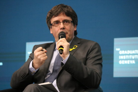 Carles Puigdemont takes part in an event in Geneva (by Bernat Vilaró)