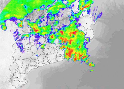 Radar showing heavy rain (in red) throughout Catalonia shortly before 10am (by Meteocat)
