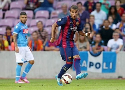 Rafinha playing against Napoli (by FC Barcelona)