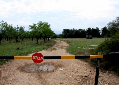The entrance to Rasquera's farm where cannabis would be grown (by J. Marsal)