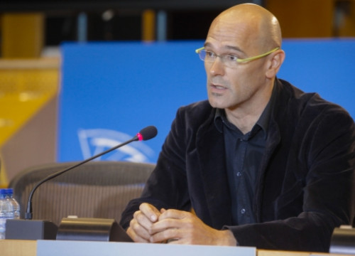 Former Catalan MEP, Raül Romeva, at the European Parliament (by European Parliament / ACN)