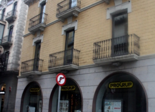 A real estate company in Girona that shut down business in October, laying off 40 people (by T. Tàpia)
