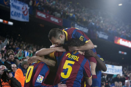 Barça players celebrate one of the 5 goals against Real Madrid (by FC Barcelona)