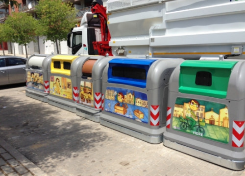 Recycling bins in Mollerussa, a town near Lleida, in western Catalonia (by ACN)
