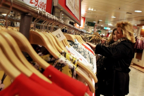 Shops will be open on Sunday in Barcelona tourist areas during the summer months (by ACN)