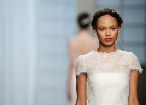 Rosa Clarà's catwalk at the 2015 Barcelona Bridal Week (by BBW / ACN)