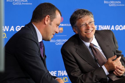 Barça President, Sandro Rosell, with Bill Gates, Chairman of the Bill and Melinda Gates Foundation (by FC Barcelona)