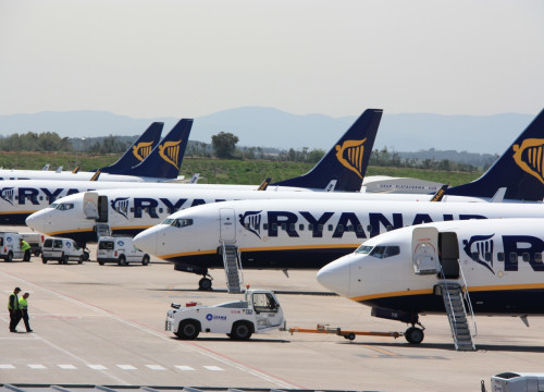 Ryanair planes at Girona Airport (by ACN)