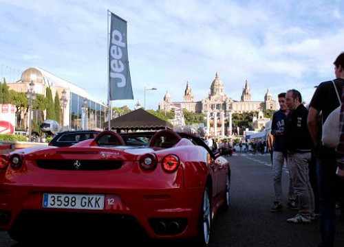 Attendees could drive luxury cars such as this Ferrari around the old Montjuïc Circuit (by M. Ferragut)