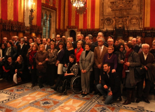 A family picture of the organisation backing Barcelona's European Capital of Volunteering (by P. Solà)