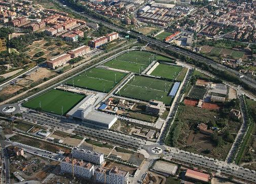 The Catalan club has bought the plot of land on the right-hand side of the image, next to its training facilities (by FC Barcelona)