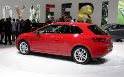 The presentation of the SEAT León SC model (by A. Recolons)