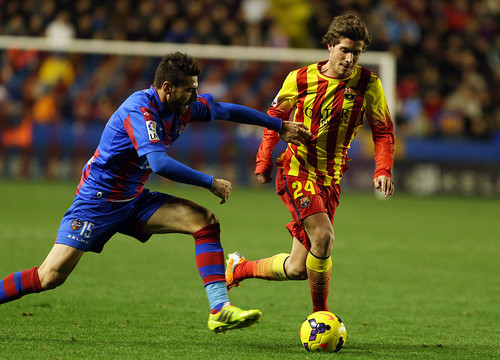 Sergi Roberto at Sunday's game against Llevant (by FC Barcelona)