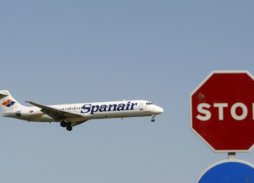 Spanair stopped flying and all its activity (by Reuters)
