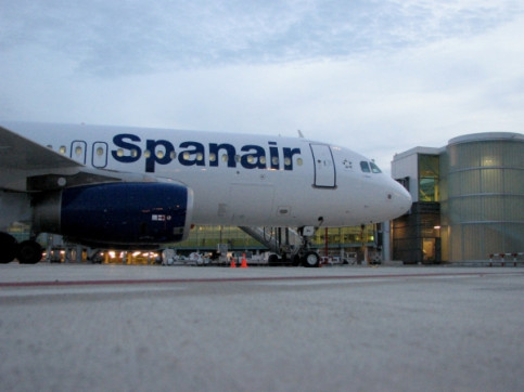 Spanair has Barcelona El Prat as its base and wants to transform the airport in an international hub (by A. Sierra)