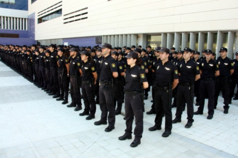 The new Spanish Police officers sent to Catalonia (by P. Solà)