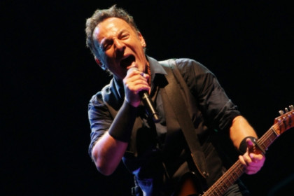 Bruce Springsteen in his first concert (by O. Campuzano)