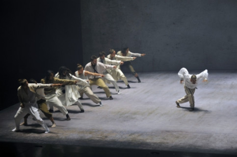 The dance show 'Sun' by Hofesh Shechter (by Gabriele Zucca)